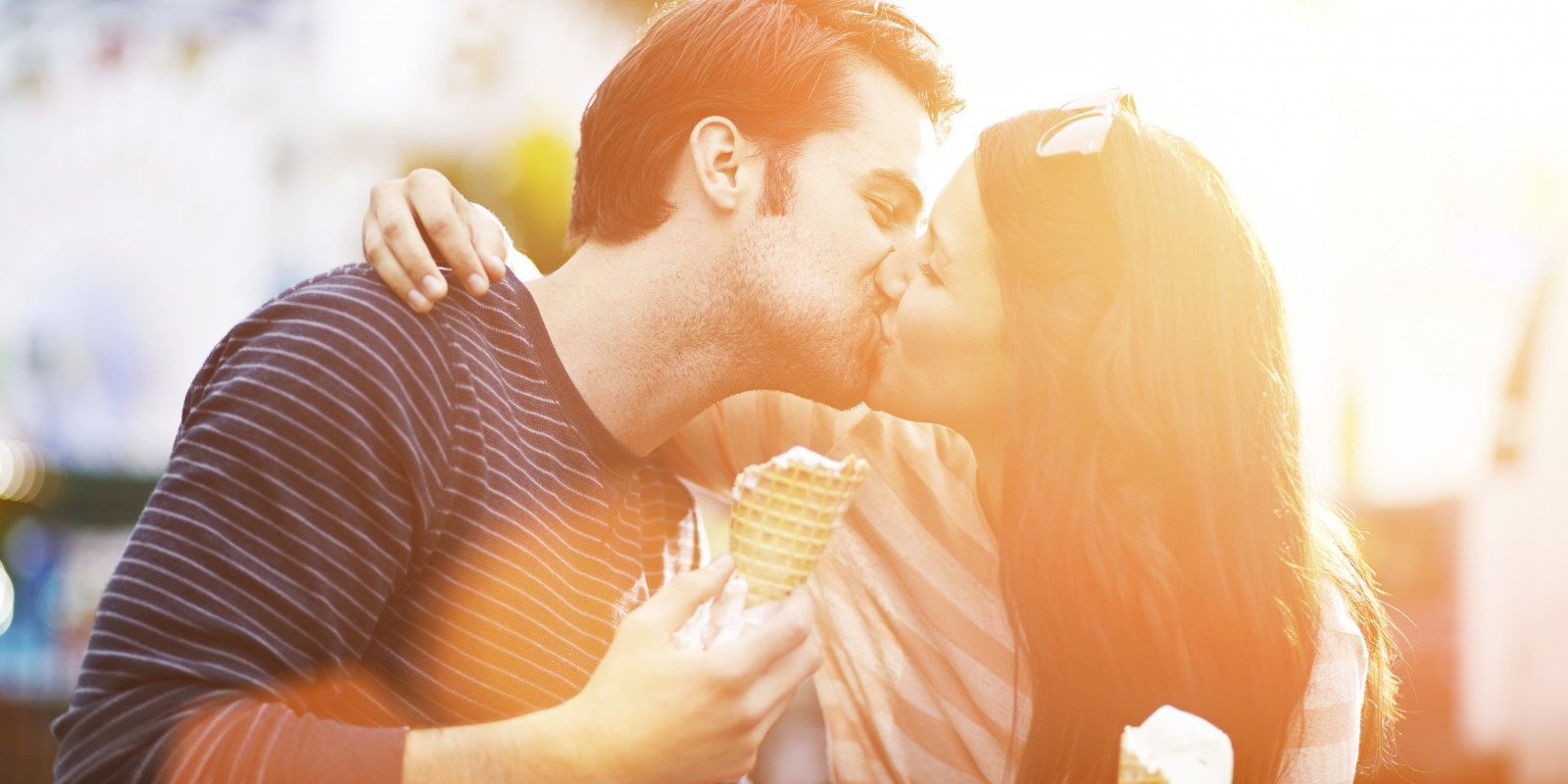 I Want To Kiss You Quotes - Romantic Couple Kiss